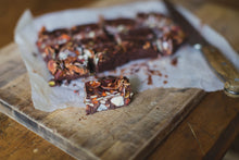 Load image into Gallery viewer, RAW CACAO ROCKY ROAD