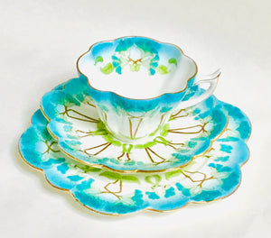 Wileman/Foley/Shelley Snowdrop Tea Cup trio