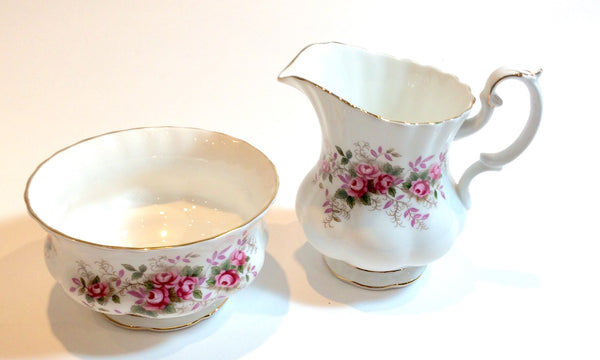 Royal Albert Lavender Rose Milk Jug/Creamer Sugar Bowl Set