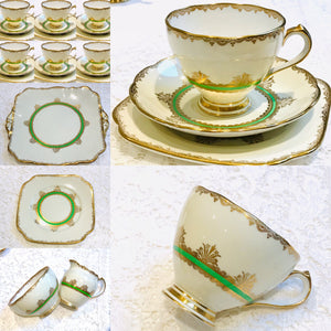 Roslyn  China - 21 Piece Tea set