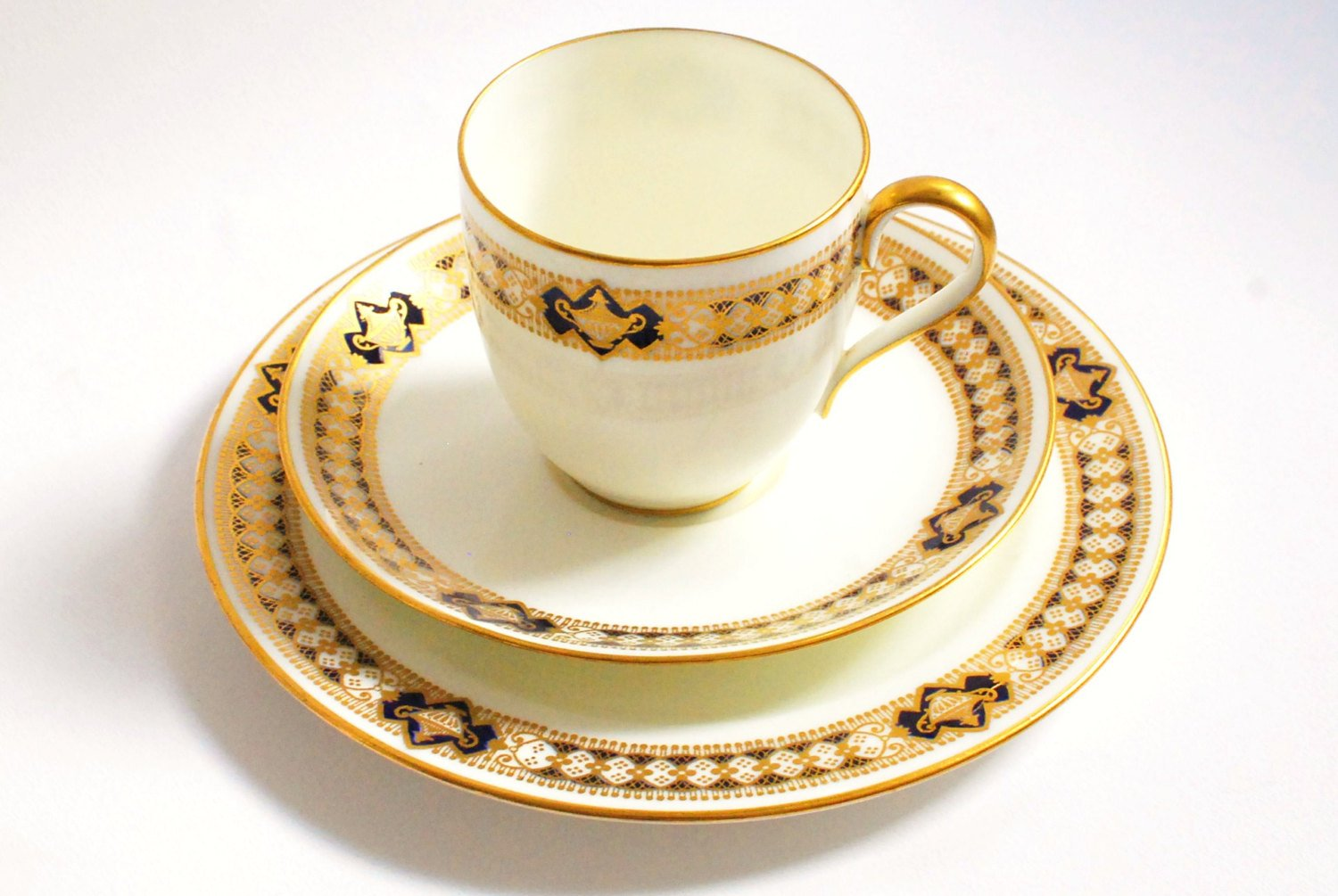 Cauldon China Teacup/Saucer/Side Plate