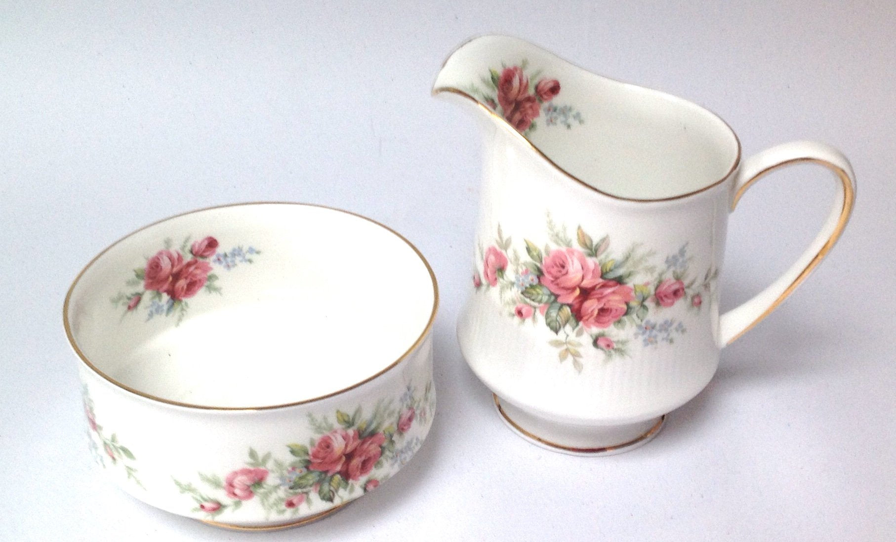 Royal Standard Milk Jug Creamer Sugar Bowl White Pink Roses English bone china afternoon high tea party crockery