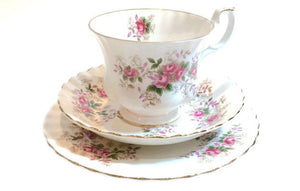 Royal Albert China pink roses- Lavender Rose Teacups & saucers