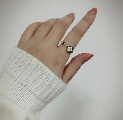 92.5 Silver Ring