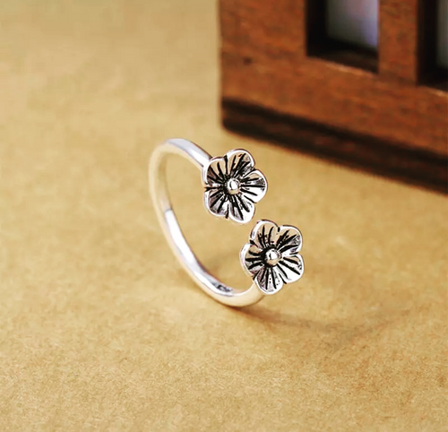 92.5 Silver Flower Ring