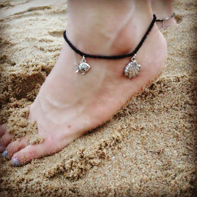 Anklet lovers and beach bums