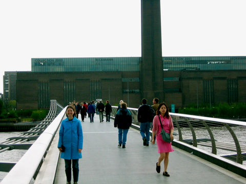 äventyr at Tate Modern London 2003