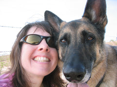 DeAnn, äventyr Owner with her beloved Dunker (rip) in NorCal 2005