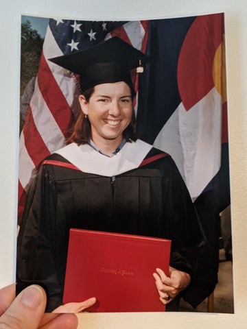 DeAnn, äventyr owner, graduate of the University of Denver