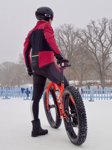 Testing the äventyr Seat Rollio at the Fat Bike Loppet