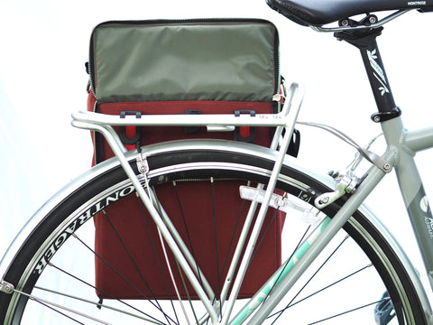 äventyr The Side Hustle Bicycle Pannier Laptop Bag with German-made attachment system