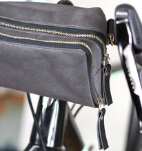 äventyr The Essential Handlebar Bag:  Briquette