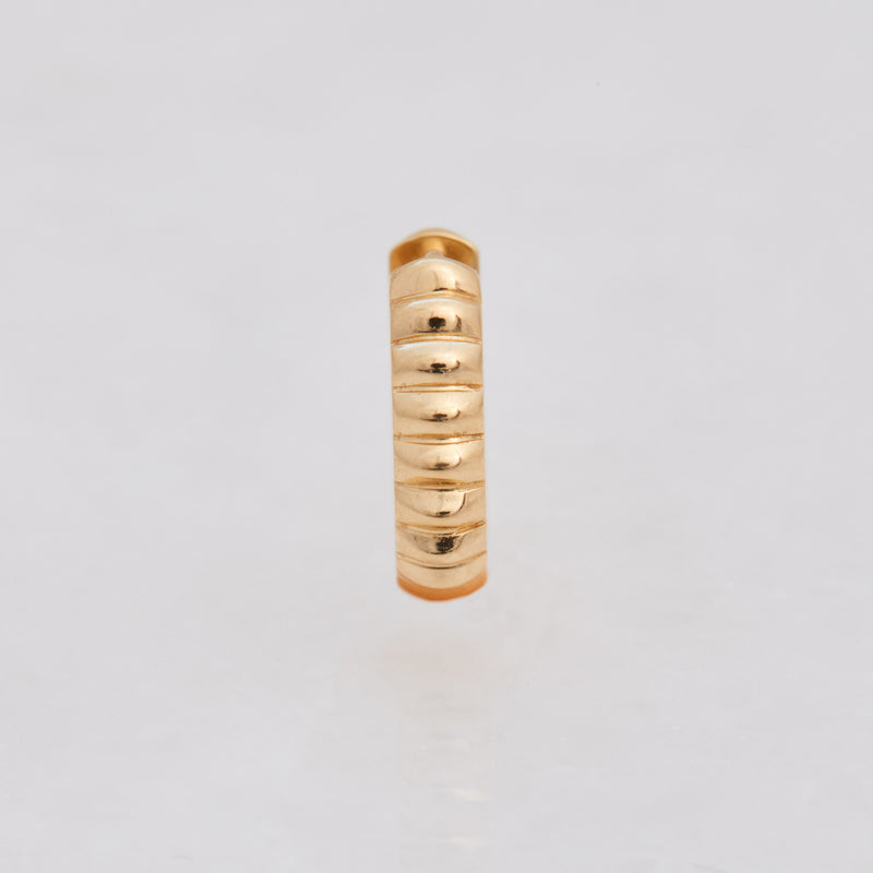 Barre Huggies, 18k Yellow Gold, Large