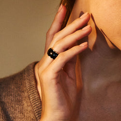 Black Jade Tubular Ring 18K Yellow Gold, Medium