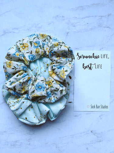NEW WEEKLY DUO Breakfast At Tiffany's Floral Scrunchie Duo