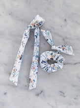 Load image into Gallery viewer, Watercolor Rose Scrunchie Ties