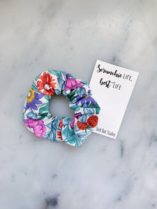 English Strawberries Floral Scrunchie Ties
