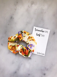 WEEKLY DUO Summer Pansy Flowers Scrunchie Duo