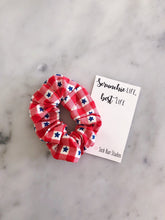 Load image into Gallery viewer, Weekly DUO USA Donut Picnic Scrunchie Duo