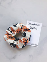 Load image into Gallery viewer, Vintage Halloween Black Cat and Pumpkins Scrunchie