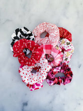 Load image into Gallery viewer, Valentine's Heart Tin Scrunchie Pack
