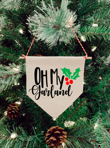 Oh My Garland Noelle Christmas Tree Mini Banner