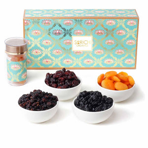 Sorich Organics Berry Fiesta Gift Hamper Black Current, Cranberry, Blueberry and Apricot Diwali Berries Dry Fruits Combo for Festival 350 Gm