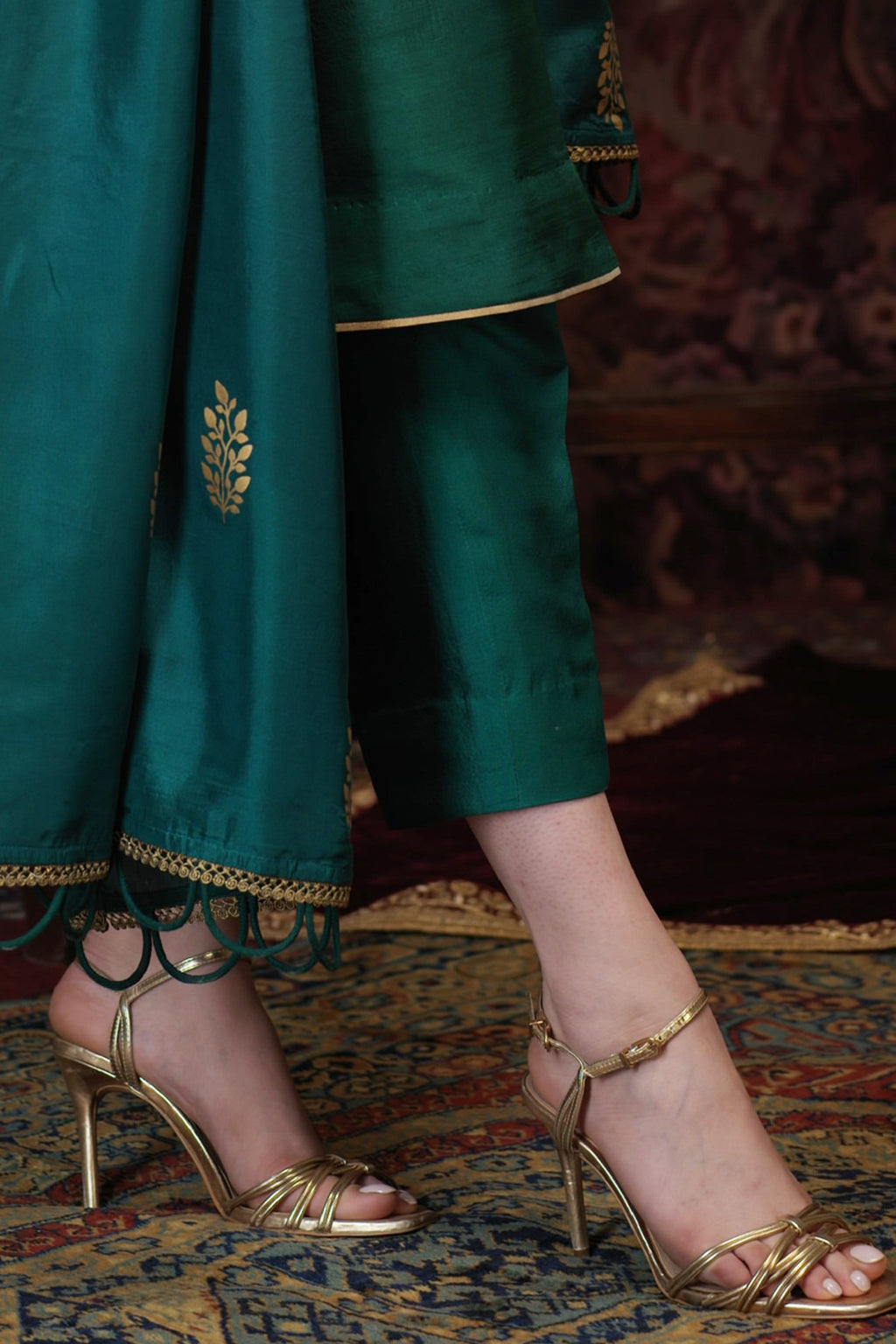 Amaani Green Straight Pure Raw Silk Pants