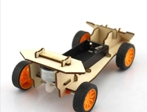 Kit carro de carreras ensamblable - RoboTec