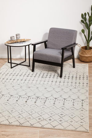Load image into Gallery viewer, Chrome Elsa Silver tribal transitional rug