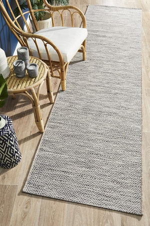 Terrace Diamond - Natural [Runner] [Indoor Outdoor]