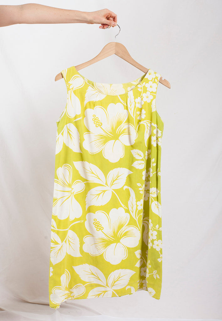 vintage lime hibiscus holiday shift dress - M/L