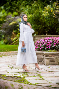 hijab fashion white maxi dress- Wardah Mushtaq