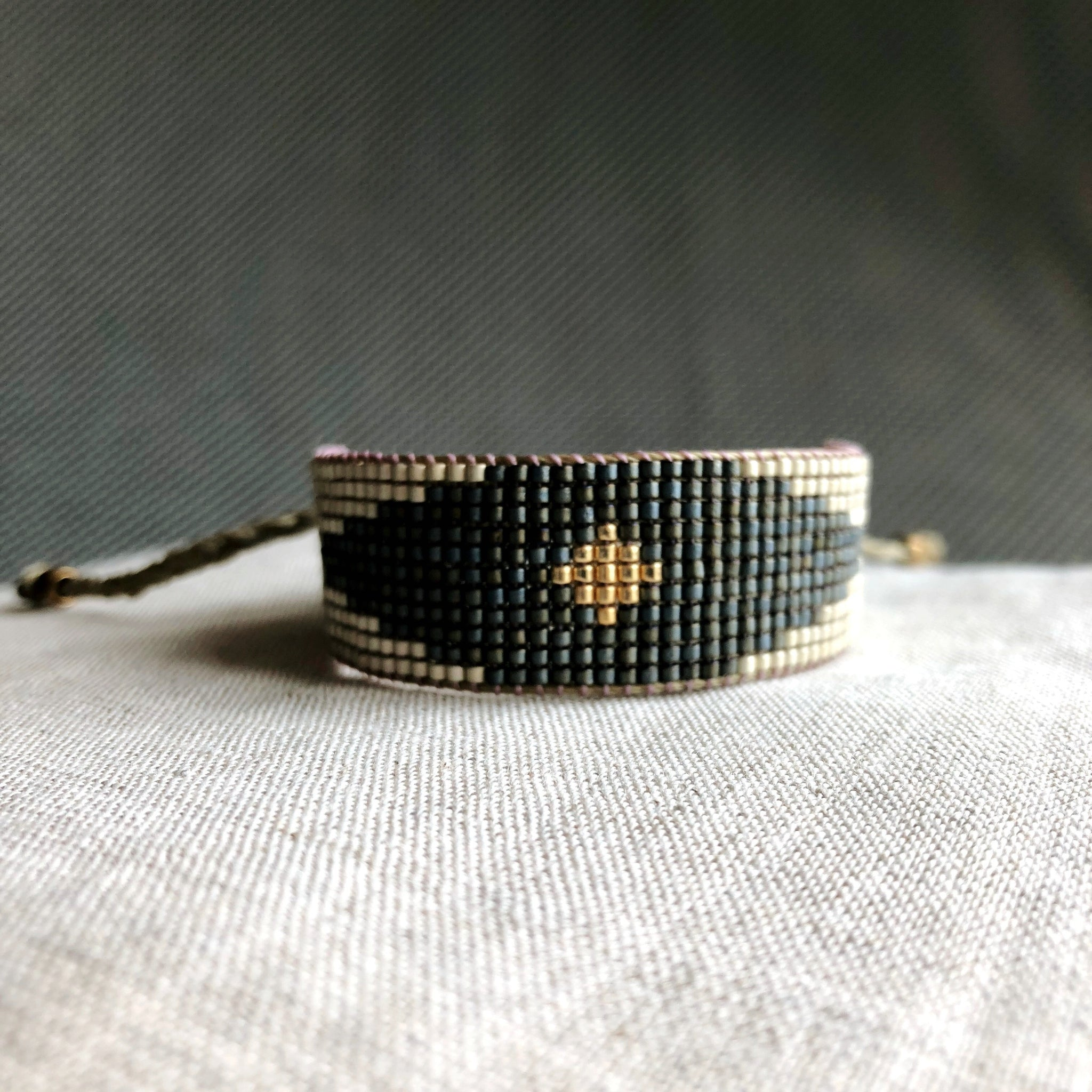 Mate silver, petrol blue and gold. Arlequin beaded miyuki bracelet for woman by Carmen Salvador