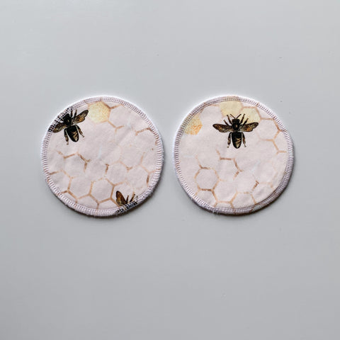 Large round pads - bees