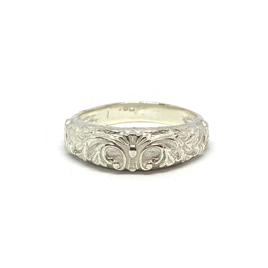 STERLING SILVER NOBLE RING