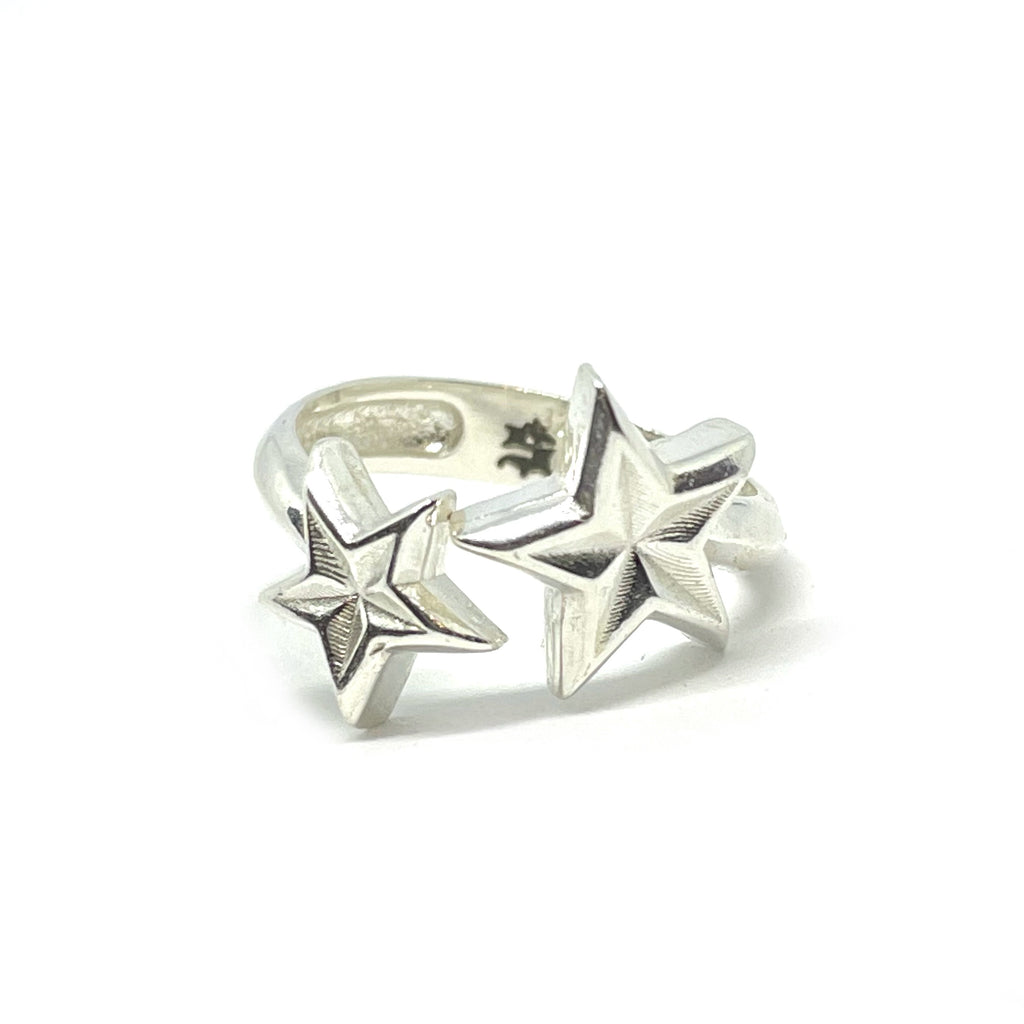 SWEEPING STAR RING