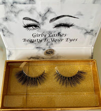 Load image into Gallery viewer, Girly Lashes - Model N29
