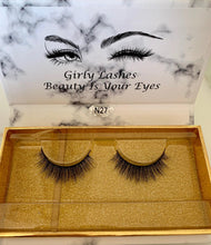 Load image into Gallery viewer, Girly Lashes - Model N27