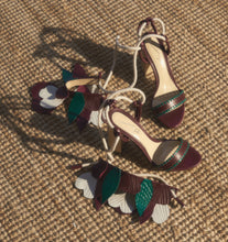 Load image into Gallery viewer, DULCE FLOR SANDALS