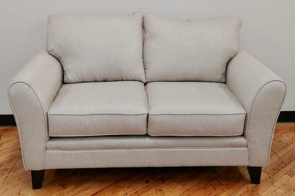 Nick Loveseat