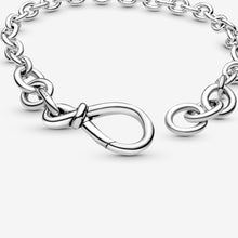 Load image into Gallery viewer, Chunky Infinity Knot Chain Bracelet