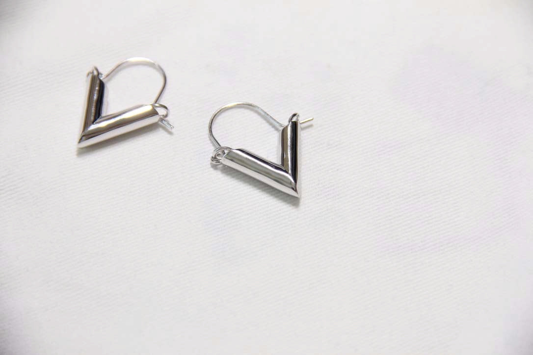 Fine Silver- Triangle Leverback Earrings - Sswing Lifestyle Company