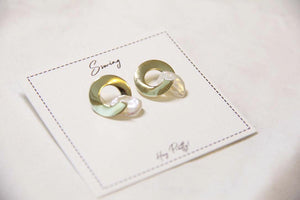 Fine Silver- Geometric Pearl Circle Earring - Sswing Lifestyle Company