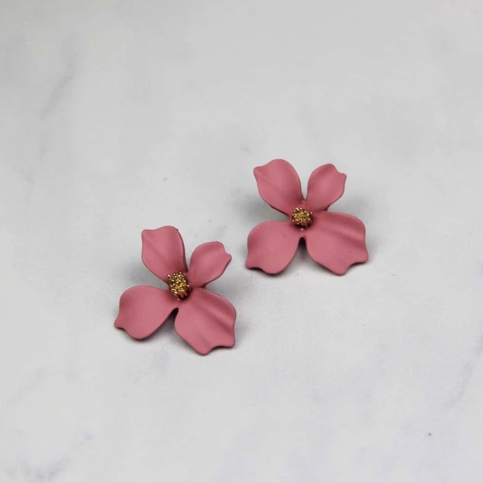Sale! Elegant Floral Stud Earring - Sswing Lifestyle Company