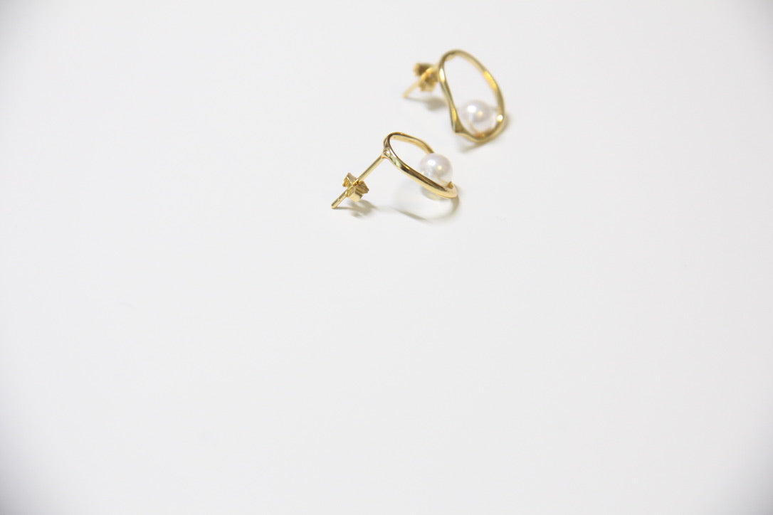 Fine Silver-Irregular Geometric Pearl Stud Earrings - Sswing Lifestyle Company