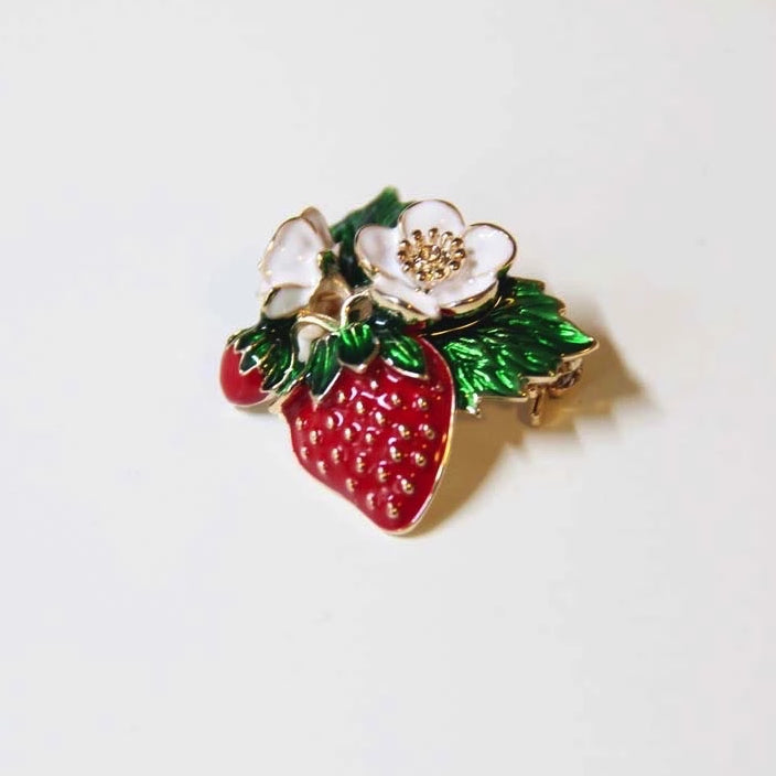 Strawberry Bloom Brooches - Sswing Lifestyle Company