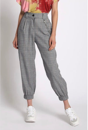 PLAID JOGGERS WITH CHAIN - Sswing Lifestyle Company