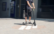 Flowboard Air Carbon - Ultra Light Elektro Scooters by So Flow