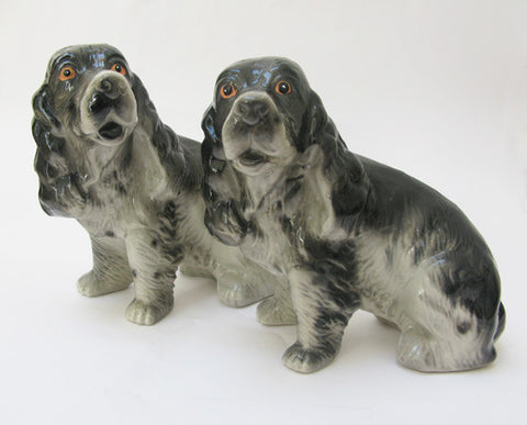 Set of two china dogs